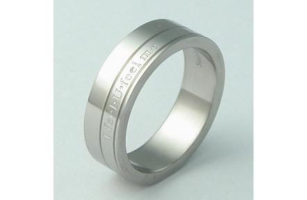 Prsten z chirurgické oceli RSS276